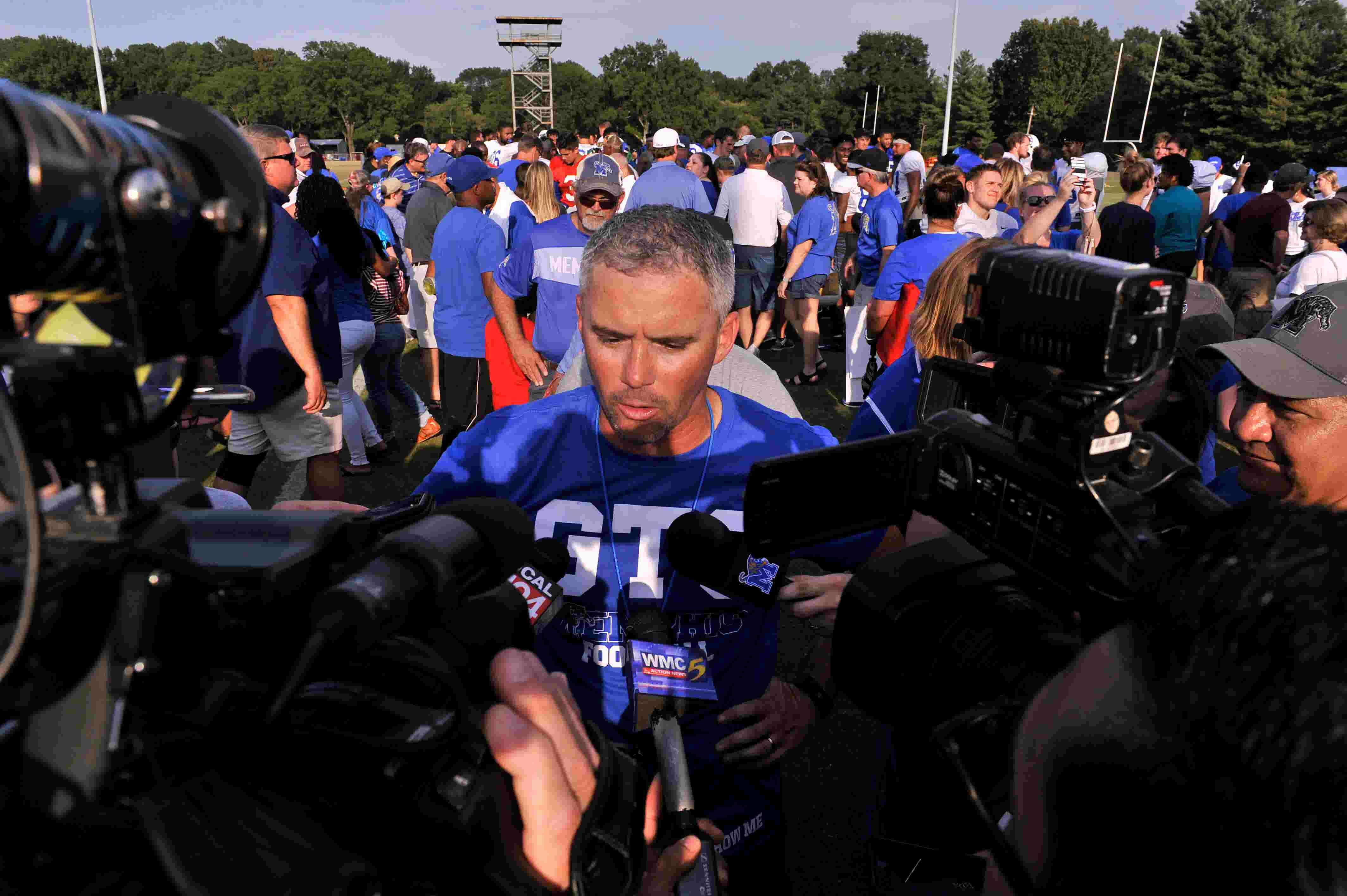 Memphis Football Former Qb David Moore To Transfer To Garden City