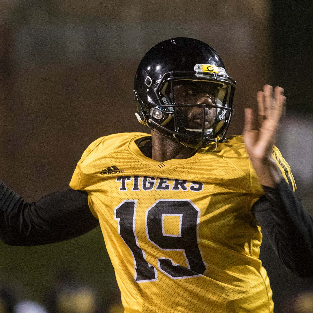Hickbottom, Clark 'take step forward' in Grambling QB race