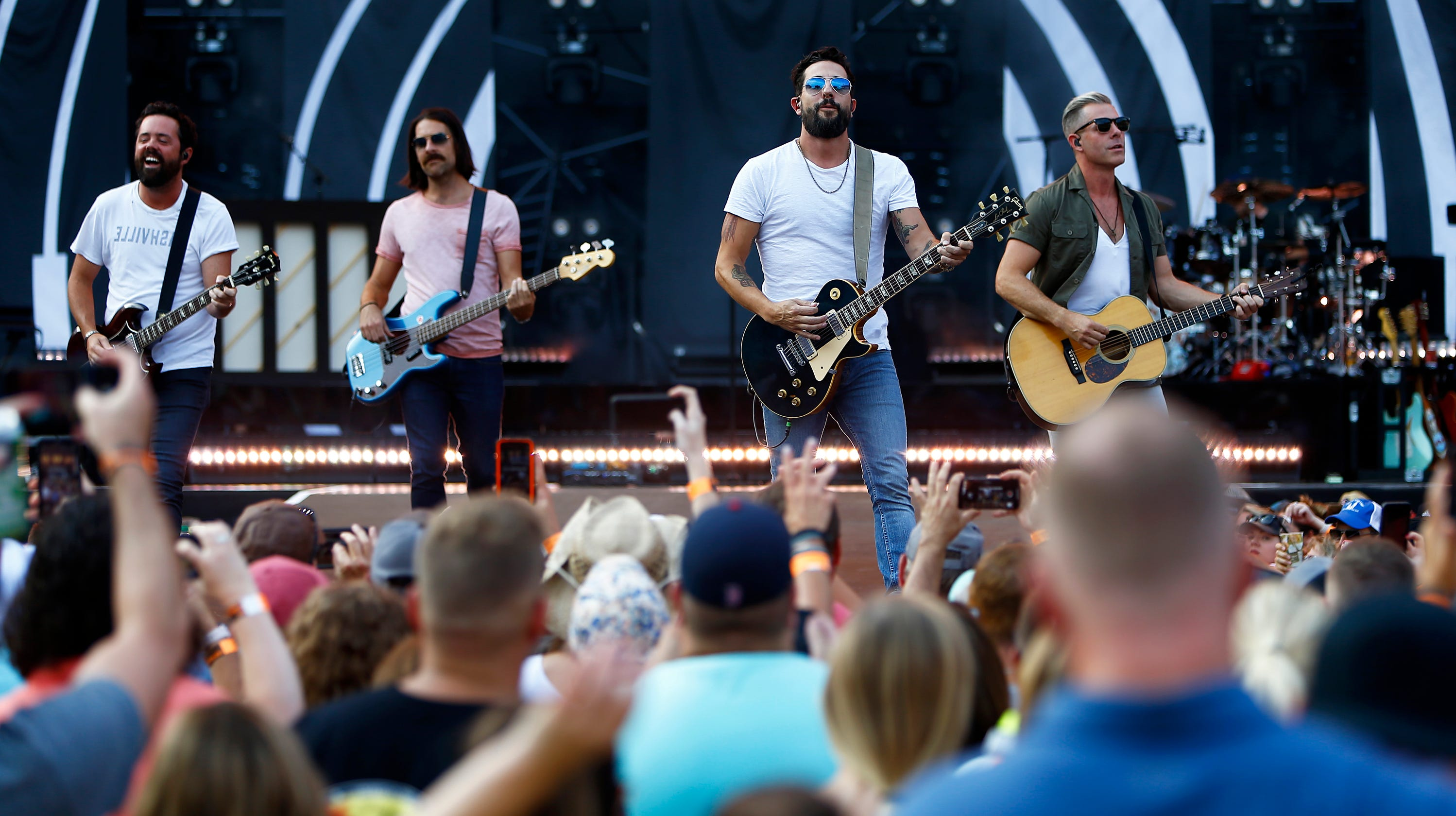 Old Dominion's Make it Sweet goes No  1 ahead of Ascend