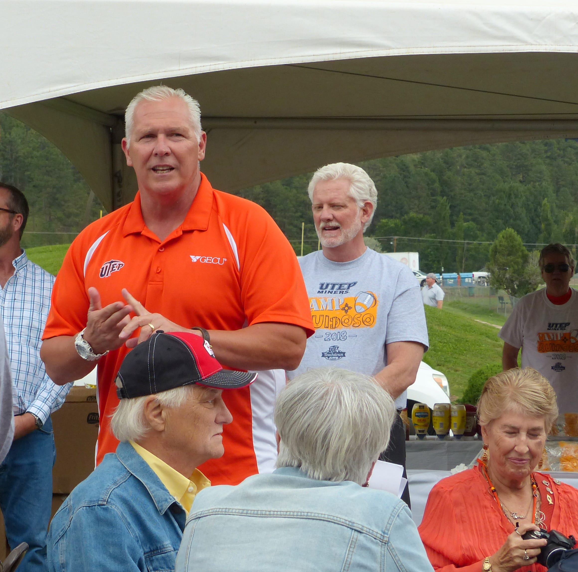 Ruidoso stages community barbecue as send-off to UTEP football team after training camp