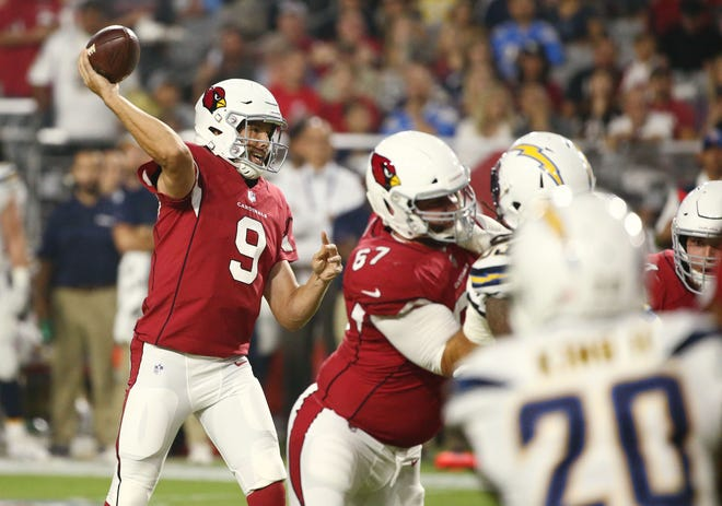 Arizona Cardinals quarterback Sam Bradford throws a pass against the L.A. Chargers in the first half during a preseason NFL football game on Aug. 11, 2018 at University of Phoenix Stadium in Glendale, Ariz.