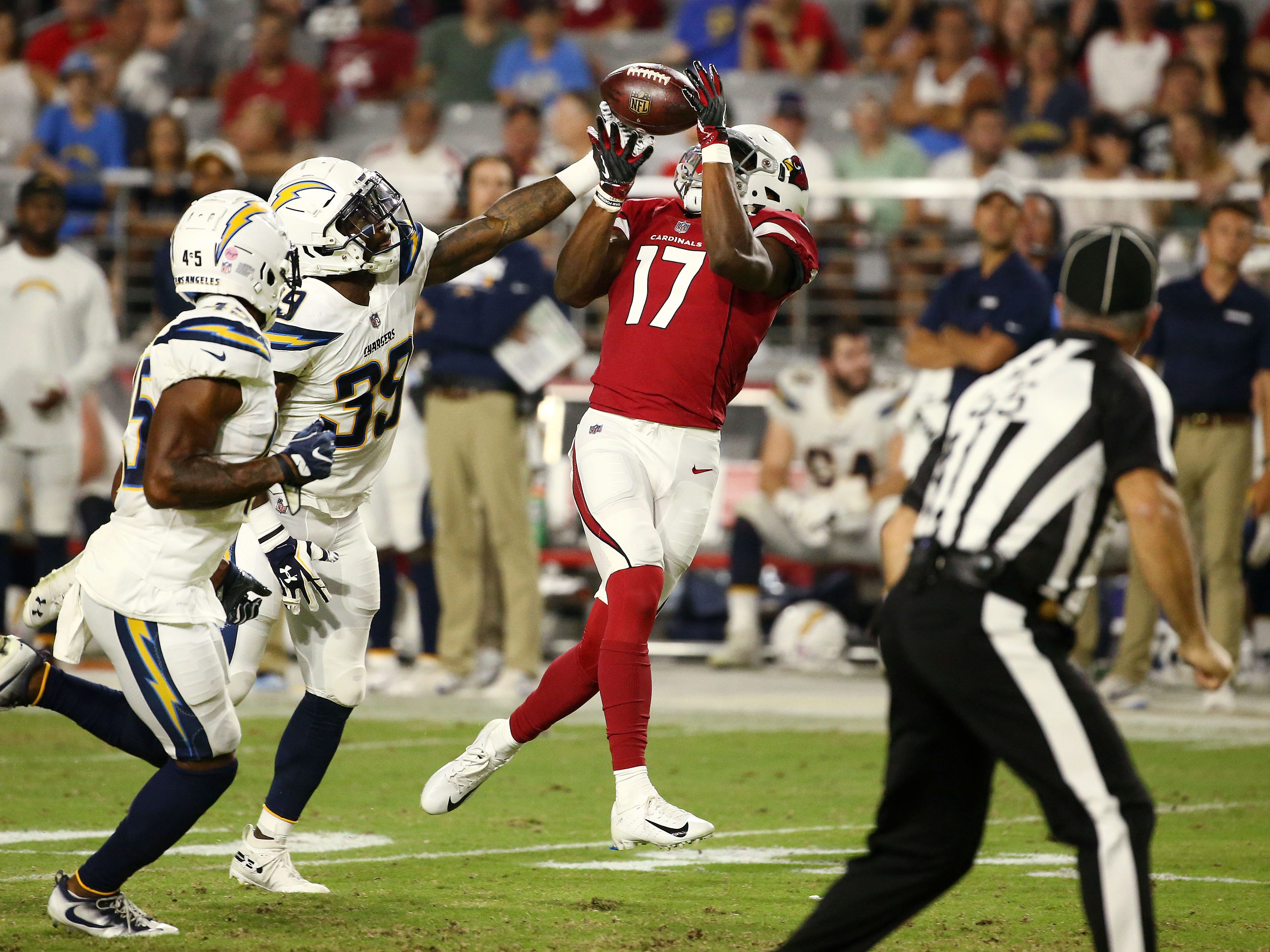 Arizona Cardinals wide receiver Jalen Tolliver makes a catch against the L.A. Chargers in the second half during a preseason NFL football game on Aug. 11, 2018 at University of Phoenix Stadium in Glendale, Ariz.