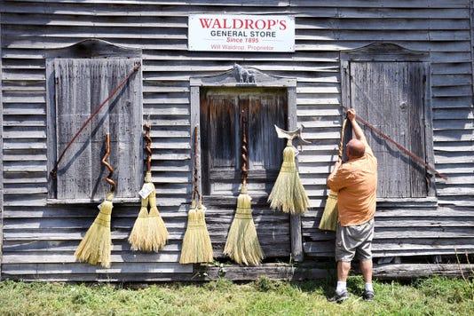 Broom Maker 004