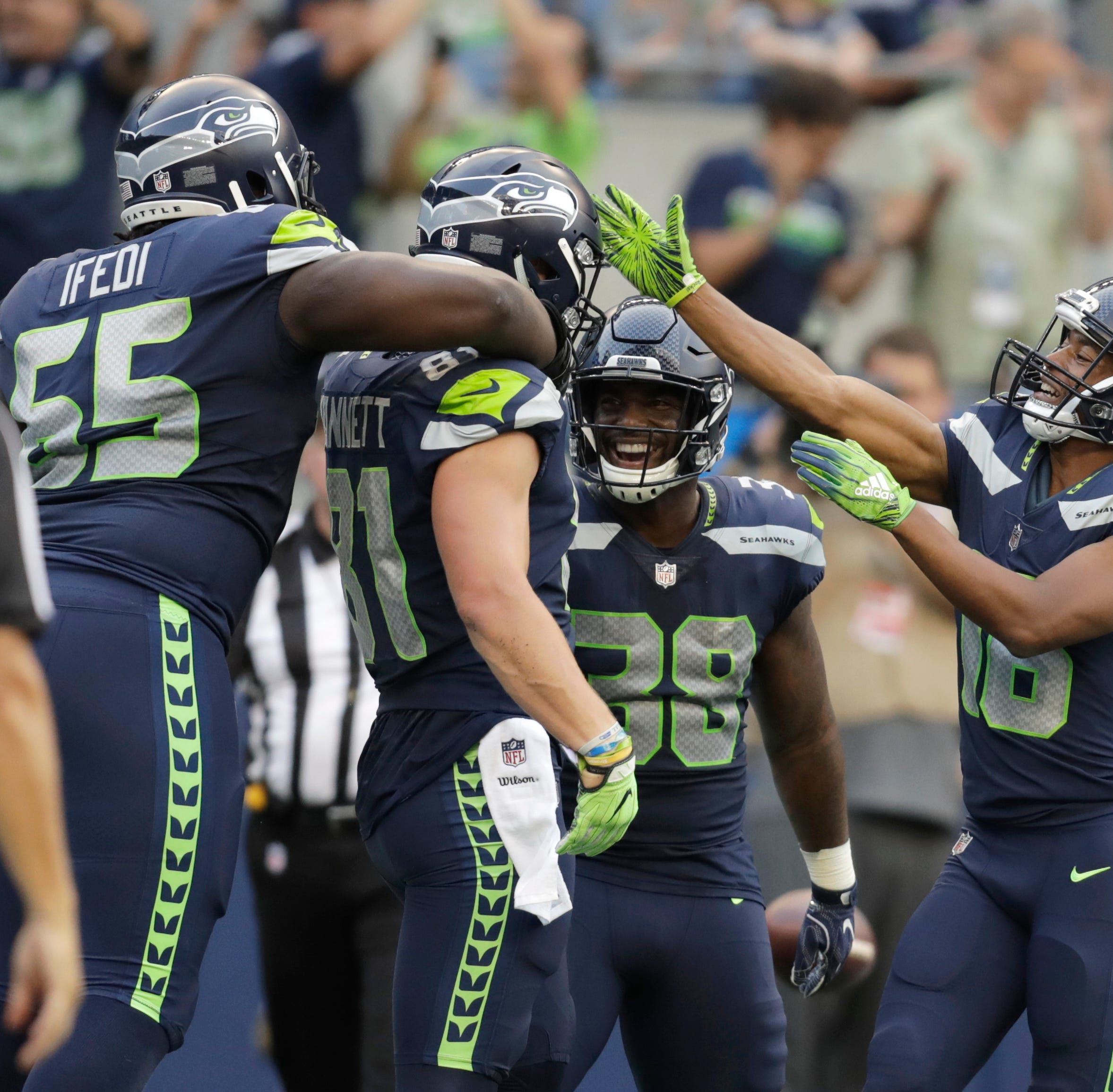 Nick Vannett, suddenly the Seahawks' top tight end, is doing just fine