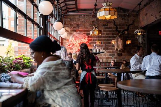 pick up bars metro detroit
