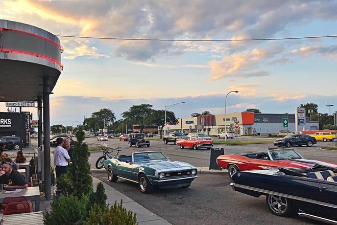 Vinsetta Garage restaurant in Berkley is a popular Dream Cruise-watching spot
