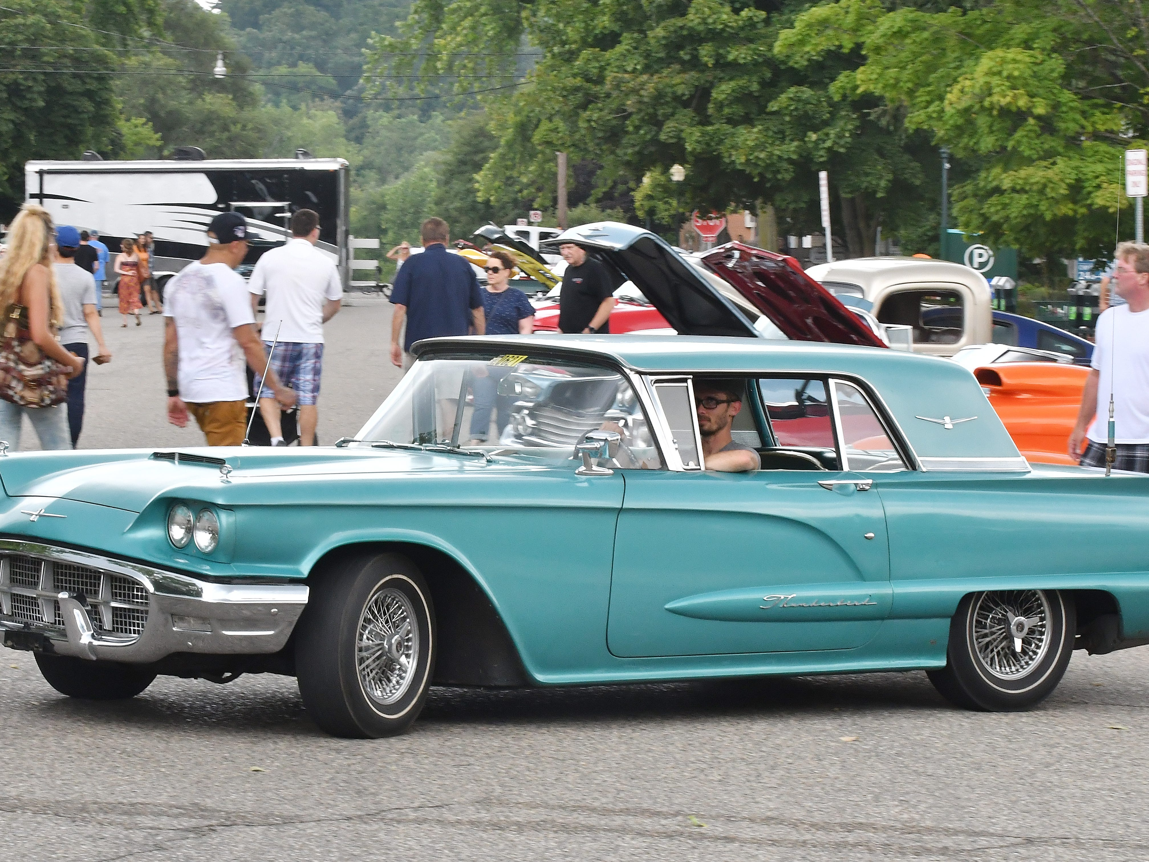 A long Thunderbird cruises during the 19th annual Rockin Rods n' Rochester.