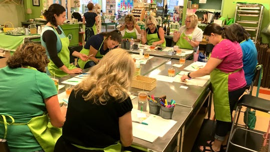 The Green Daffodil in Ferndale offers Candle Pouring parties.