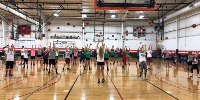 Tyra Buss hosted a skills camp this weekend for middle schoolers.