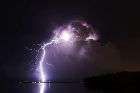 Lightning001a