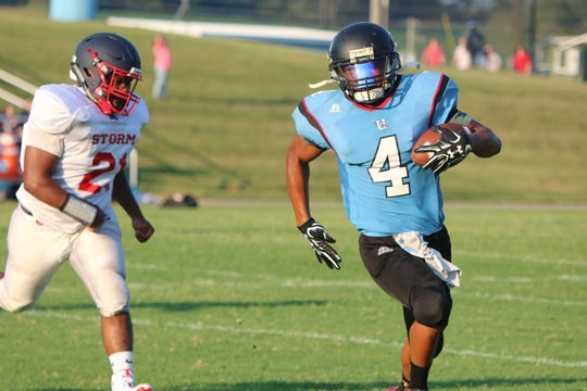 Demetrius Griffin runs the ball for a touchdown for Union County during a scrimmage game on Friday night.