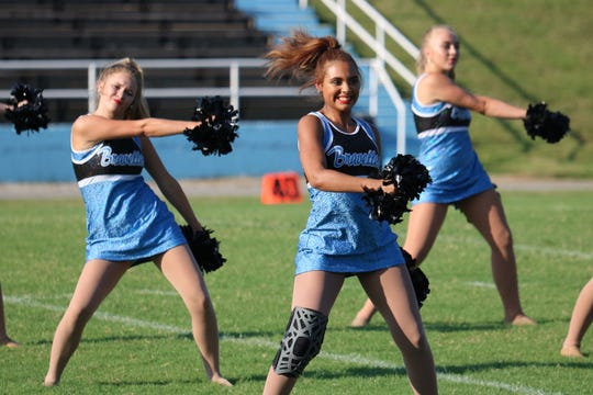 These girls bust a move during the dance performance at Meet the Braves.