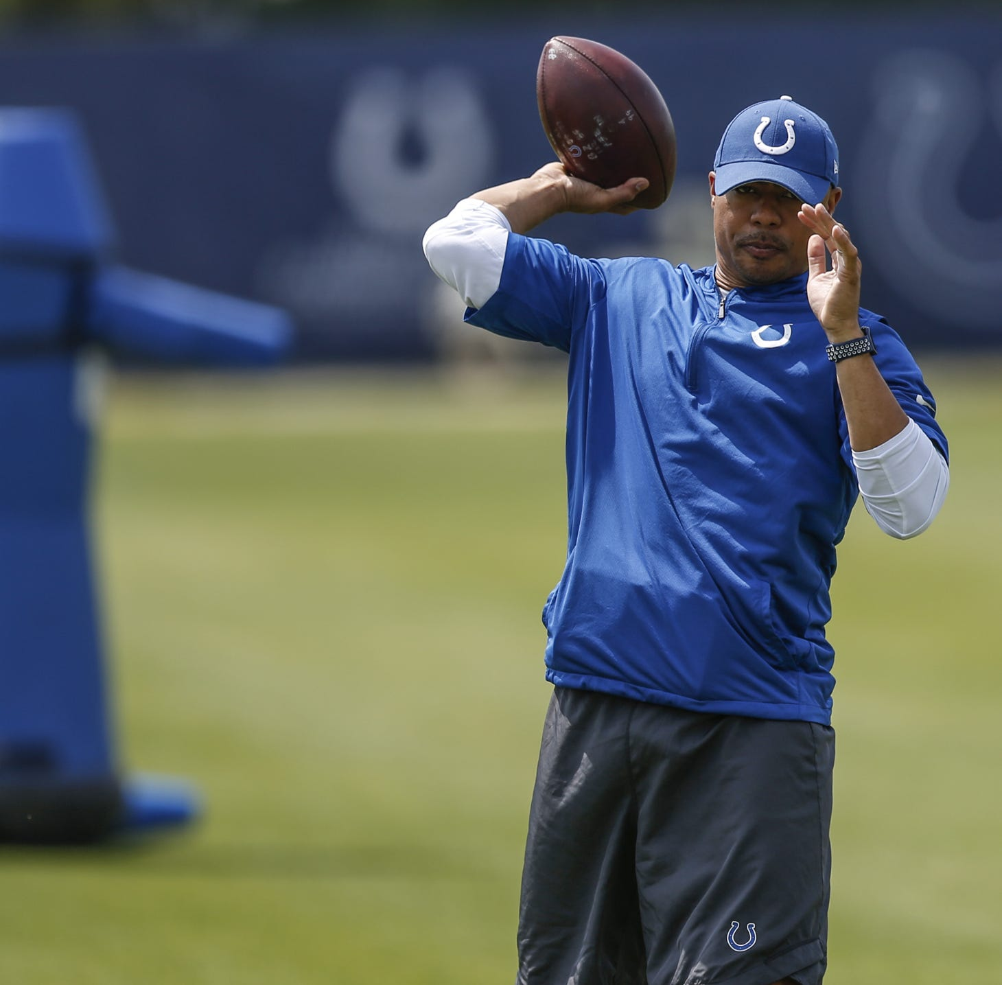 Colts QB Andrew Luck's position coach a mystery: Who is Marcus Brady?