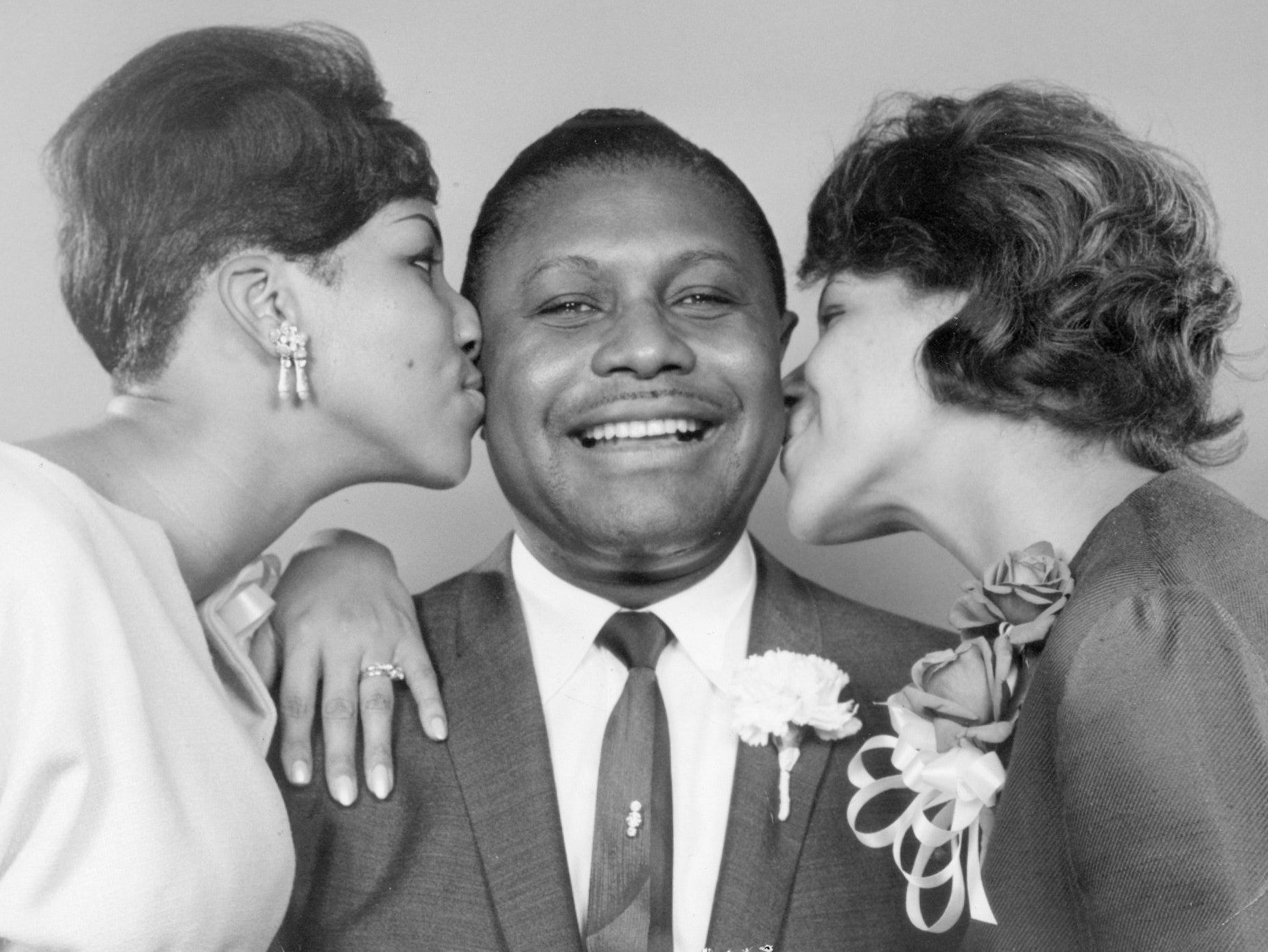 The Rev. C. L. Franklin wilth his daughters Aretha and Carolyn. May 18, 1965.