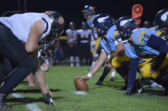 River Valley gets ready to snap the ball against North Union last season.