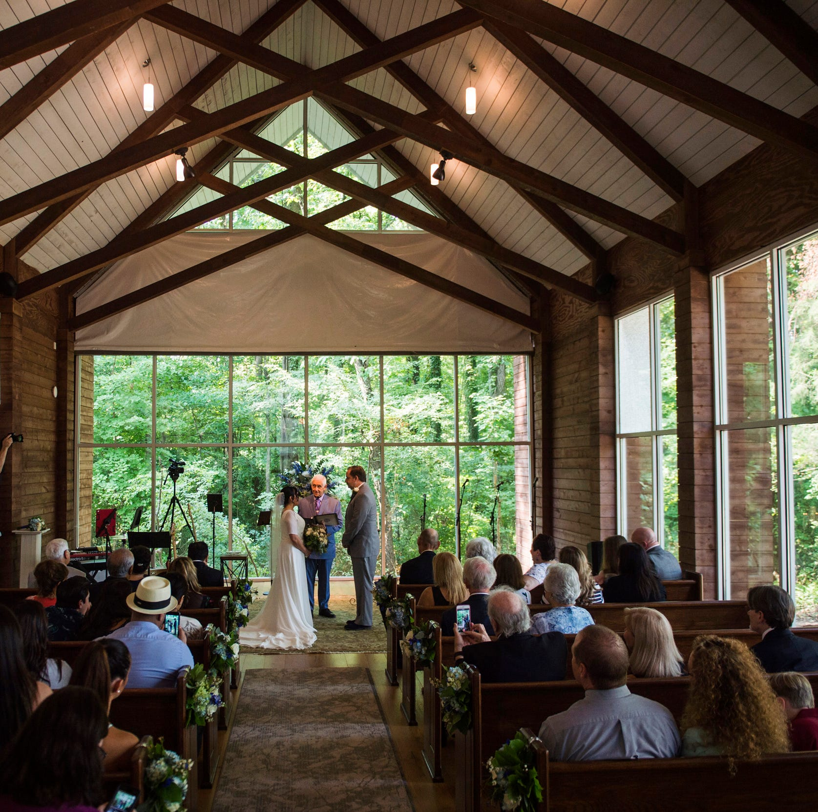 Elvis Week: Chapel in the Woods hosts first wedding