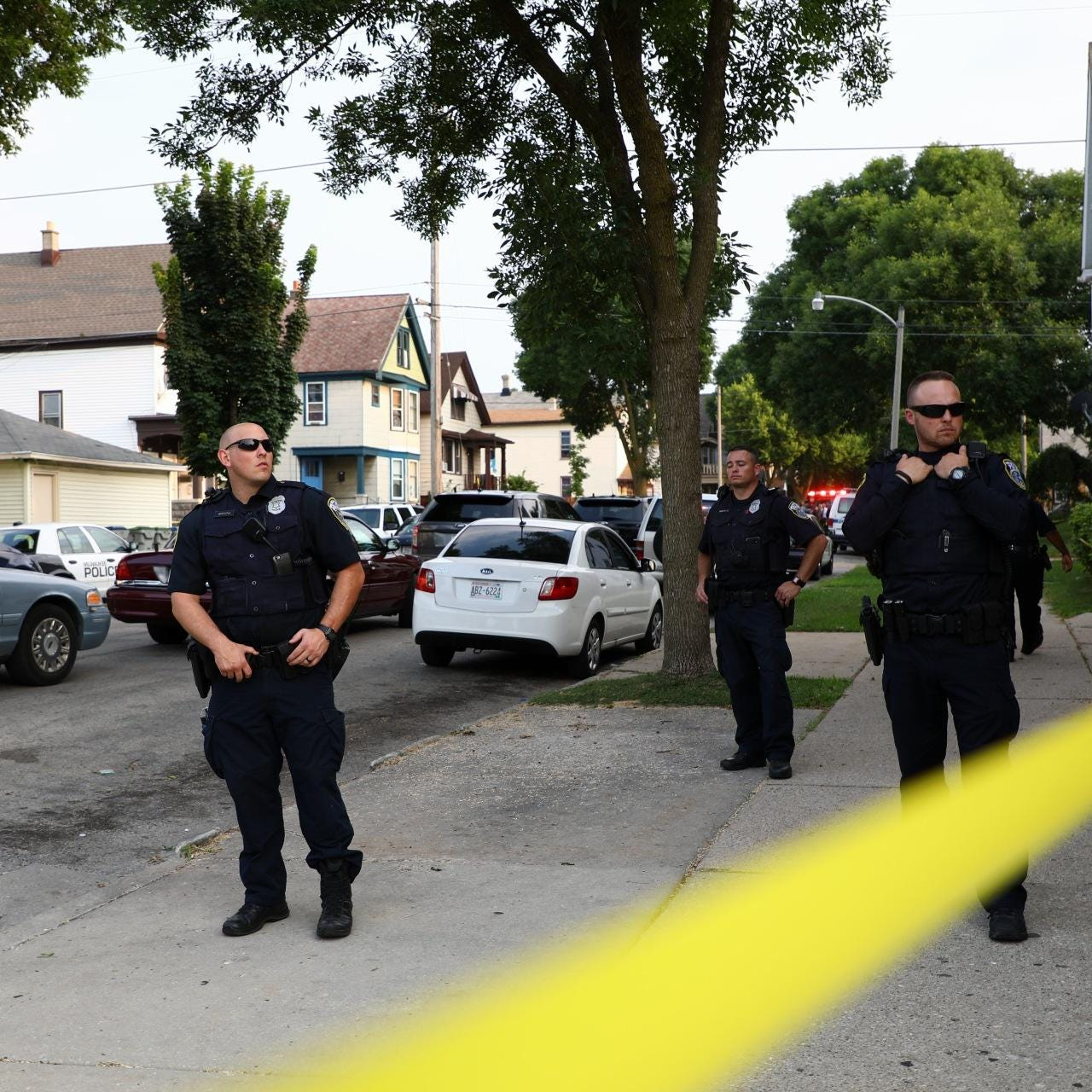 Officers shoot, kill suspect who pulled a gun during traffic stop, Milwaukee police say