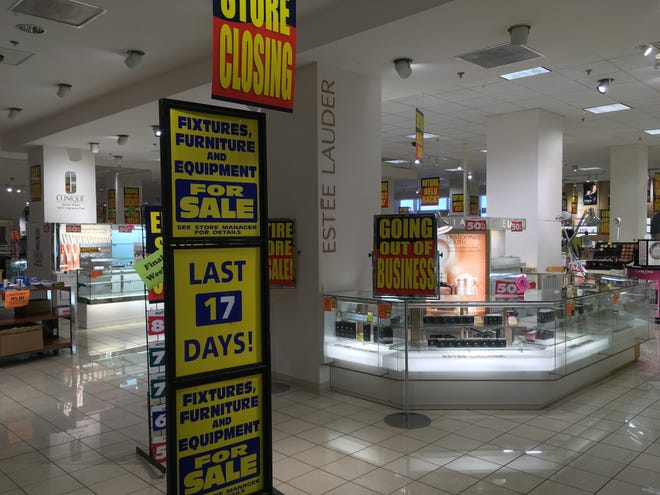 As of Monday, the Grand Avenue Boston Store in Milwaukee had 17 days left in business, according to a countdown sign.