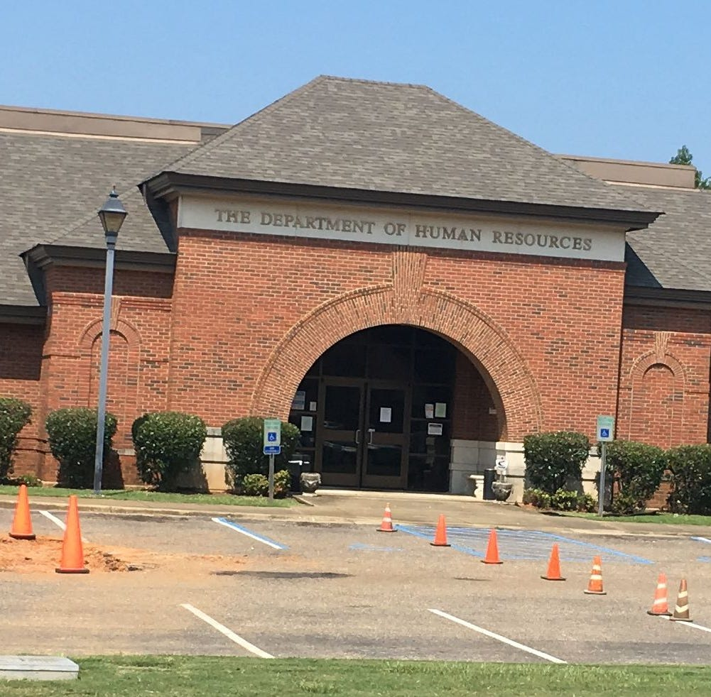 Suspicious package prompts evacuation of Autauga DHR building