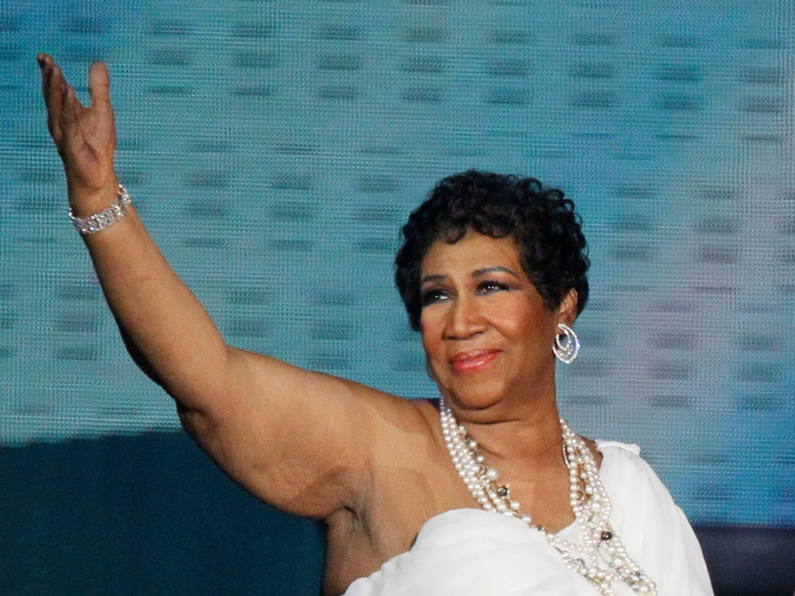 "In this May 17, 2011 file photo, singer Aretha Franklin appears at a taping of ""Surprise Oprah! A Farewell Spectacular,"" in Chicago. Franklin released a statement Monday, Jan. 2, 2012, saying she's ready to tie the knot with longtime friend William ""Willie"" Wilkerson."