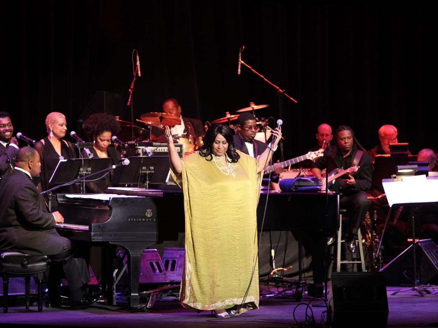 Aretha Franklin performing at BergenPAC's 2010 Spring Gala in Englewood. 05/22/2010