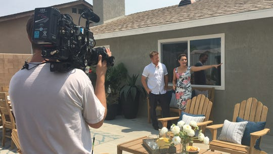 """Desert Flippers"" Lindsey and Eric Bennett film an episode of their HGTV show in Desert Hot Springs. The episode is slated for later this season. (July 27, 2018)"