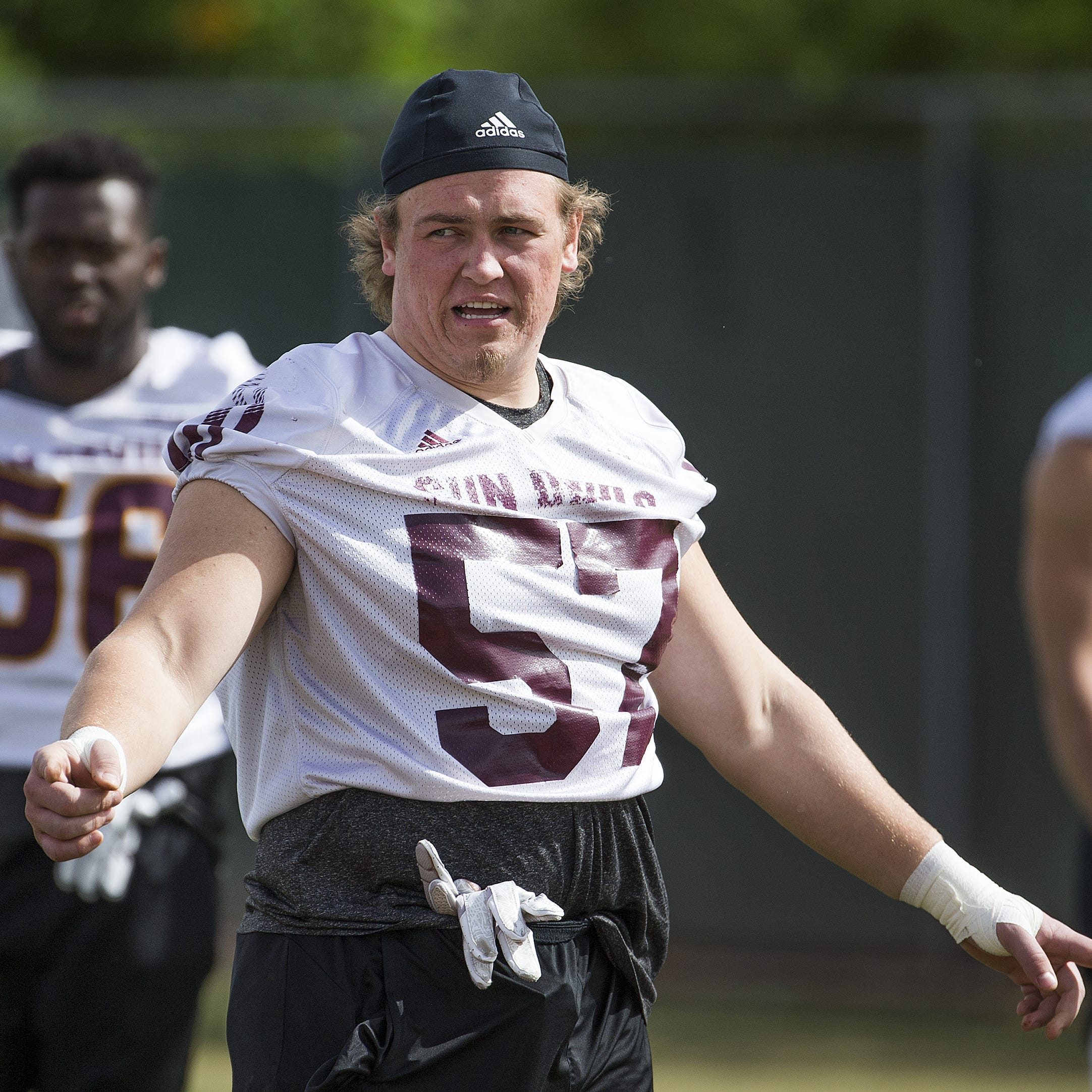 Herm Edwards, ASU football surprise Jordan Hoyt with full scholarship during team meeting