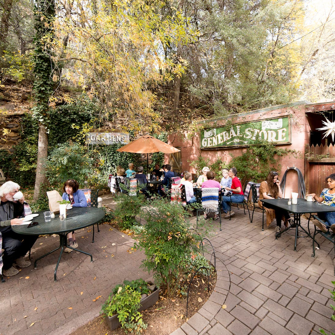 Sedona's best restaurants come with a side of red-rock scenery