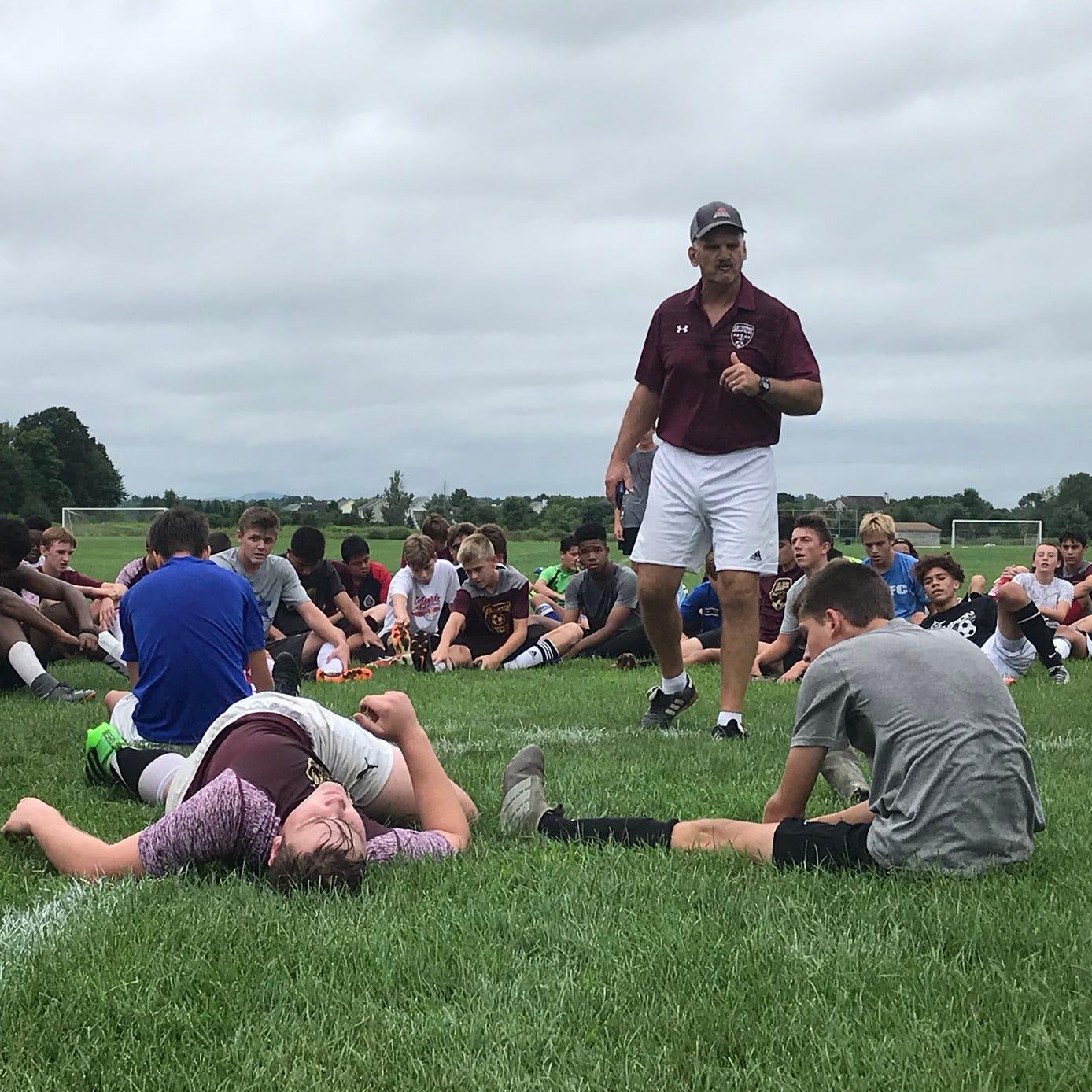 Arlington boys soccer: Three takeaways from practice