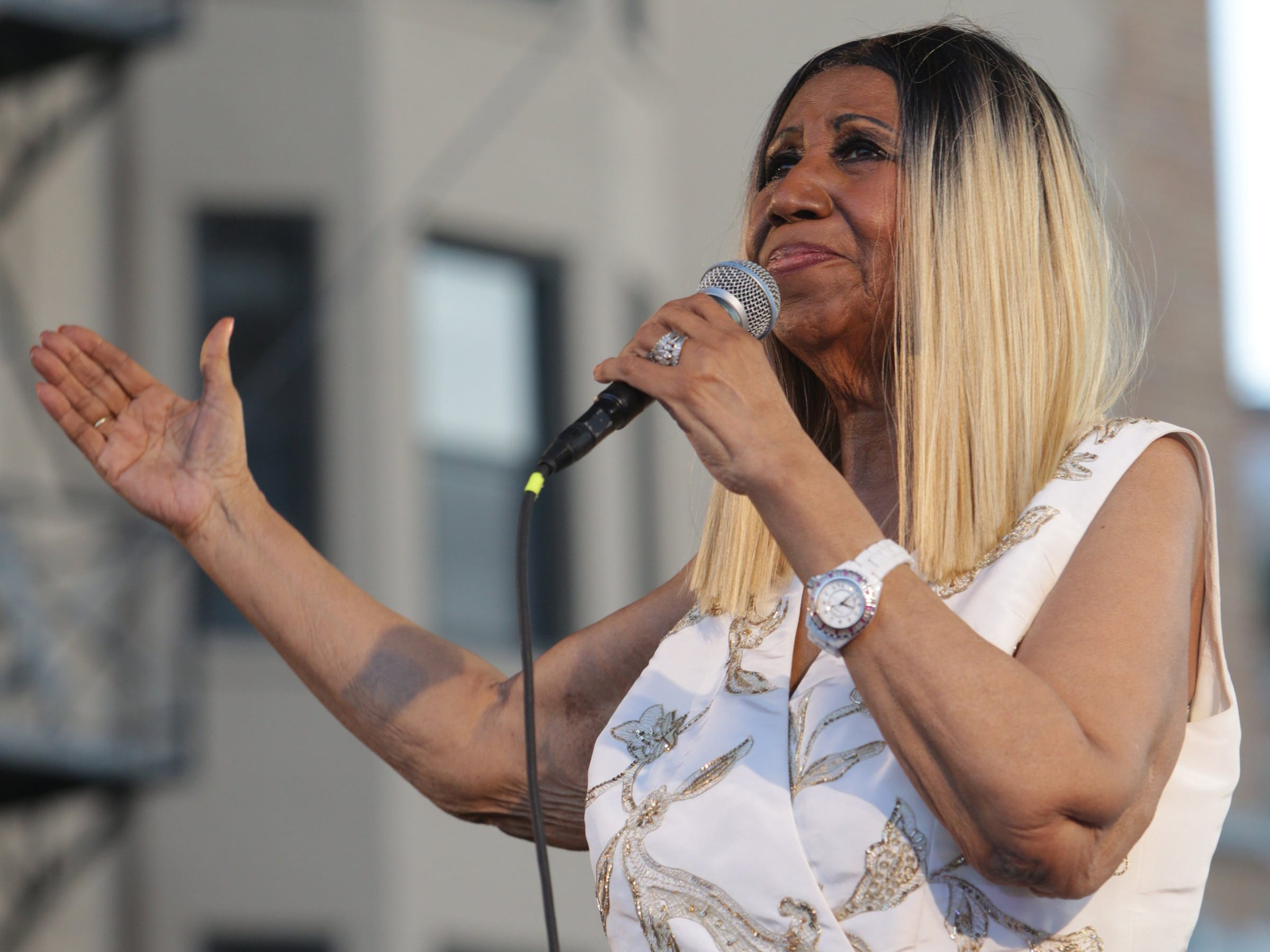 Aretha Franklin performs on the Madison Central stage during the Detroit Music Weekend on Saturday, June 10, 2017 in Detroit. (Via OlyDrop)