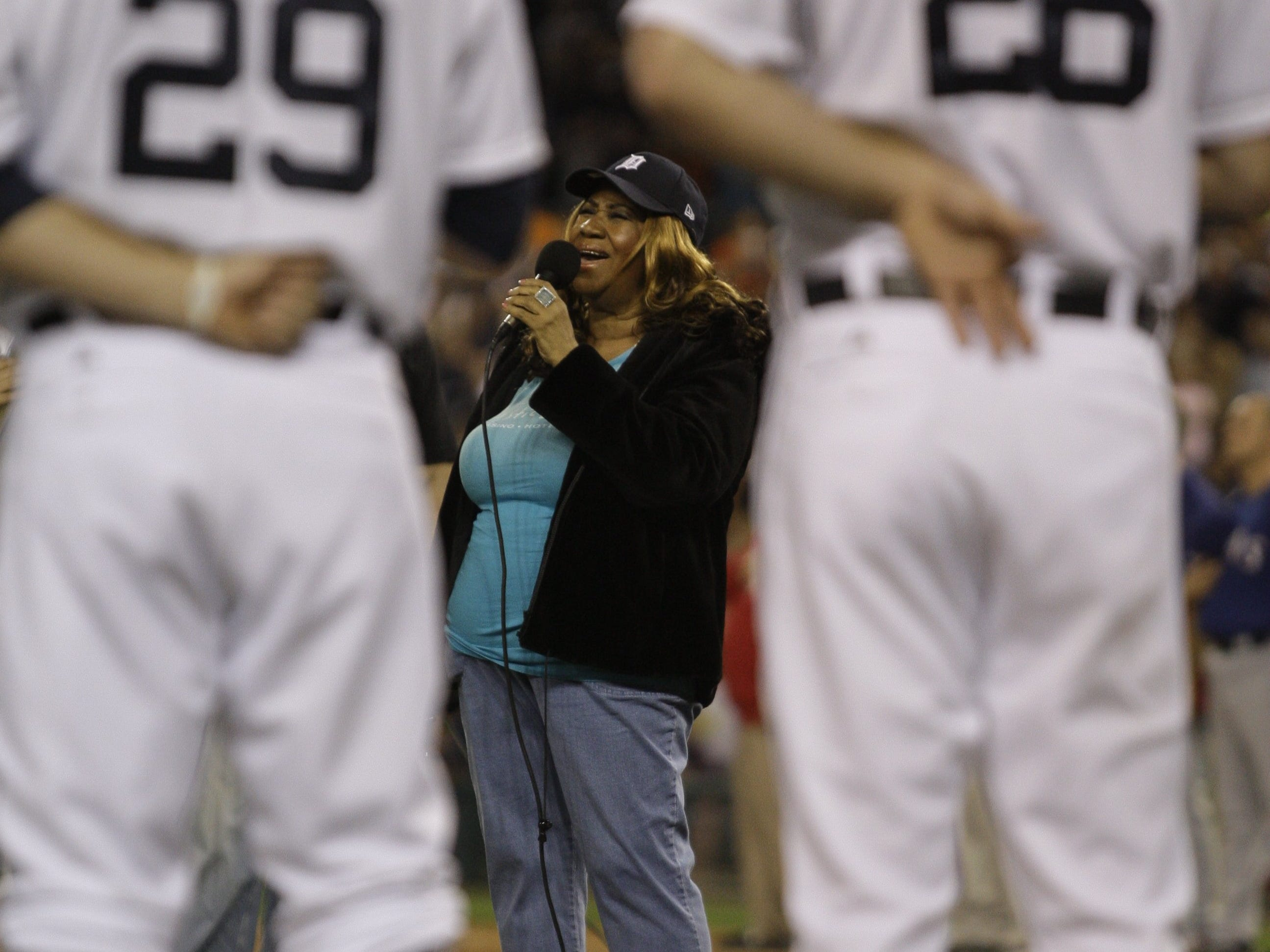 Aretha Franklin belts out the National Anthem prior to the start of Game 3 of ALCS series  against the Texas Rangers on Tuesday, October 11,  2011. JULIAN H. GONZALEZ/Detroit Free Press (Via OlyDrop)