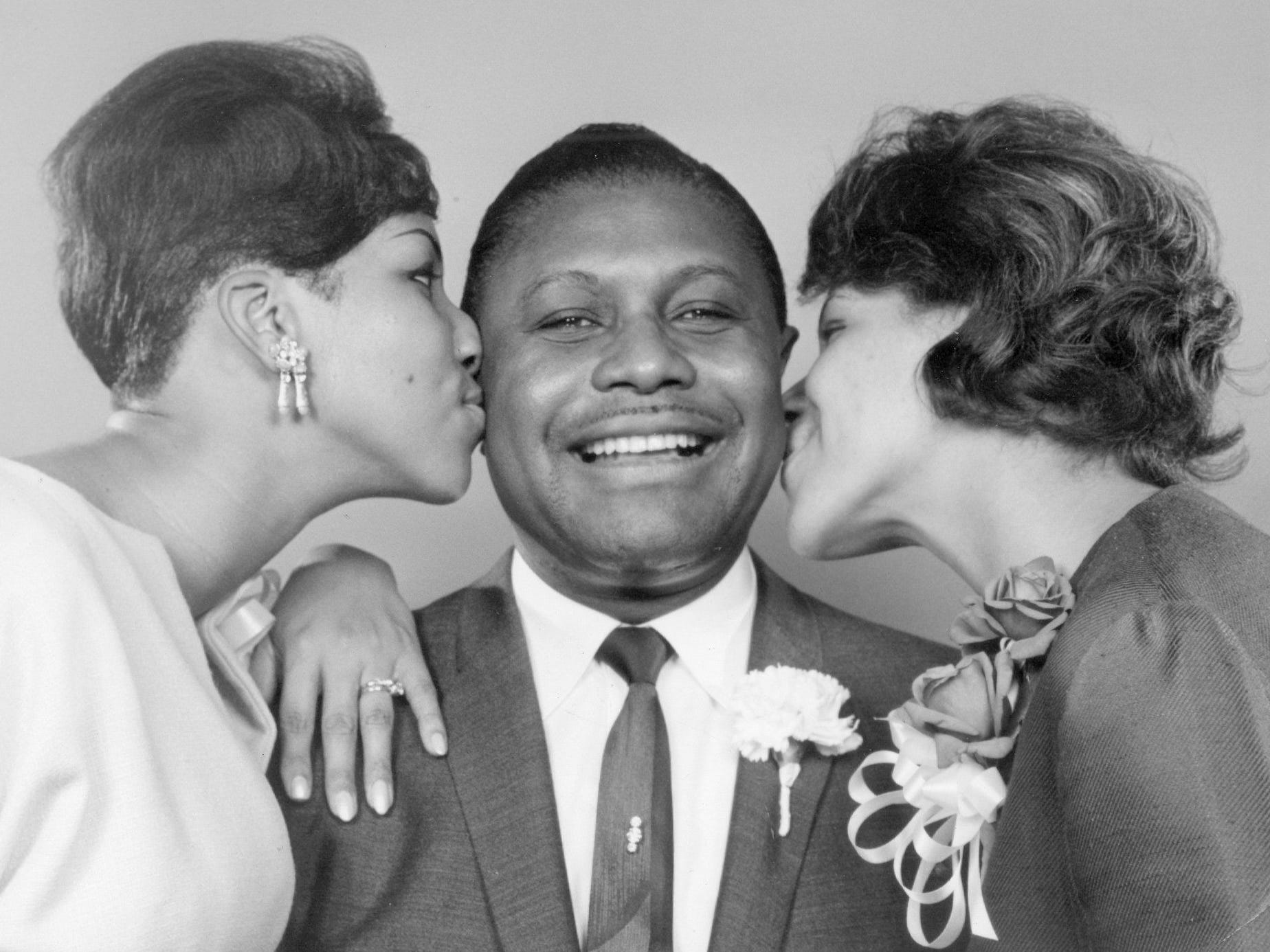The Rev. C. L. Franklin wilth his daughters Aretha and Carolyn. May 18, 1965 photo by Ed Haun/Detroit Free Press    (Via OlyDrop)