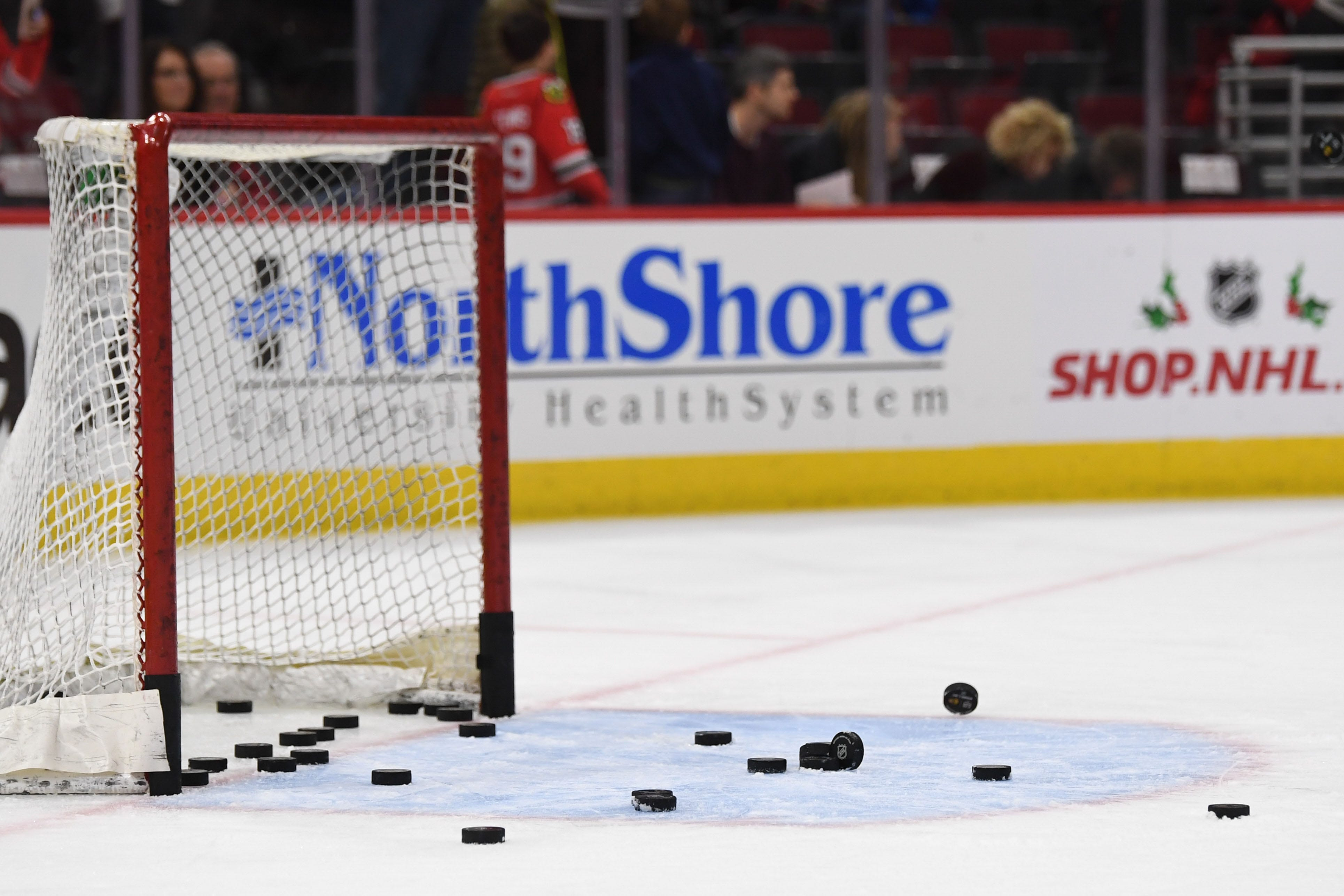 Hockey officials solve leak issue by putting bucket on ice during live game