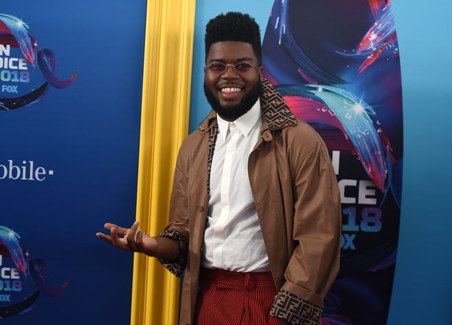 Khalid arrives at the Teen Choice Awards at The Forum on Sunday, Aug. 12, 2018, in Inglewood, Calif. (Photo by Jordan Strauss/Invision/AP) ORG XMIT: CAPM155