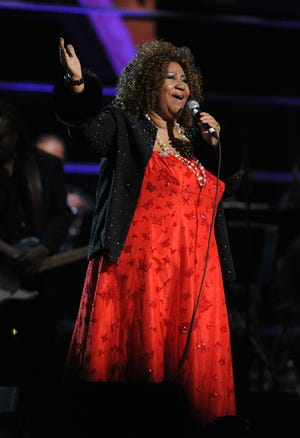NEW YORK - OCTOBER 30:  Aretha Franklin performs onstage at the 25th Anniversary Rock & Roll Hall of Fame Concert at Madison Square Garden on October 30, 2009 in New York City.  (Photo by Stephen Lovekin/Getty Images) ORG XMIT: 92486628 GTY ID: 0058782006.jpg