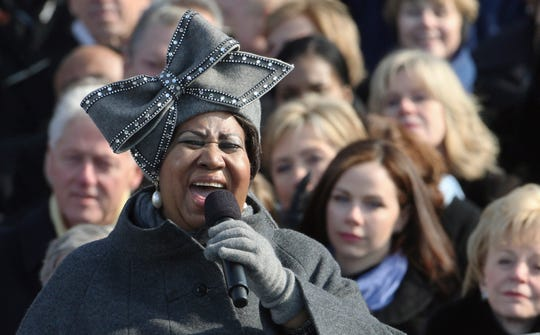 ***RETRANSMISSION WITH ALTERNATIVE CROP***Aretha Franklin performs at the swearing-in ceremony at the U.S. Capitol in Washington, Tuesday, Jan. 20, 2009.  (AP Photo/Ron Edmonds) ORG XMIT: CAPG233