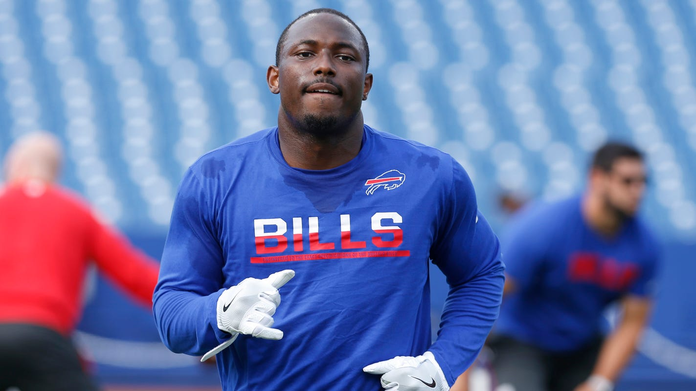 023534007 LeSean McCoy sued by ex-girlfriend over home invasion