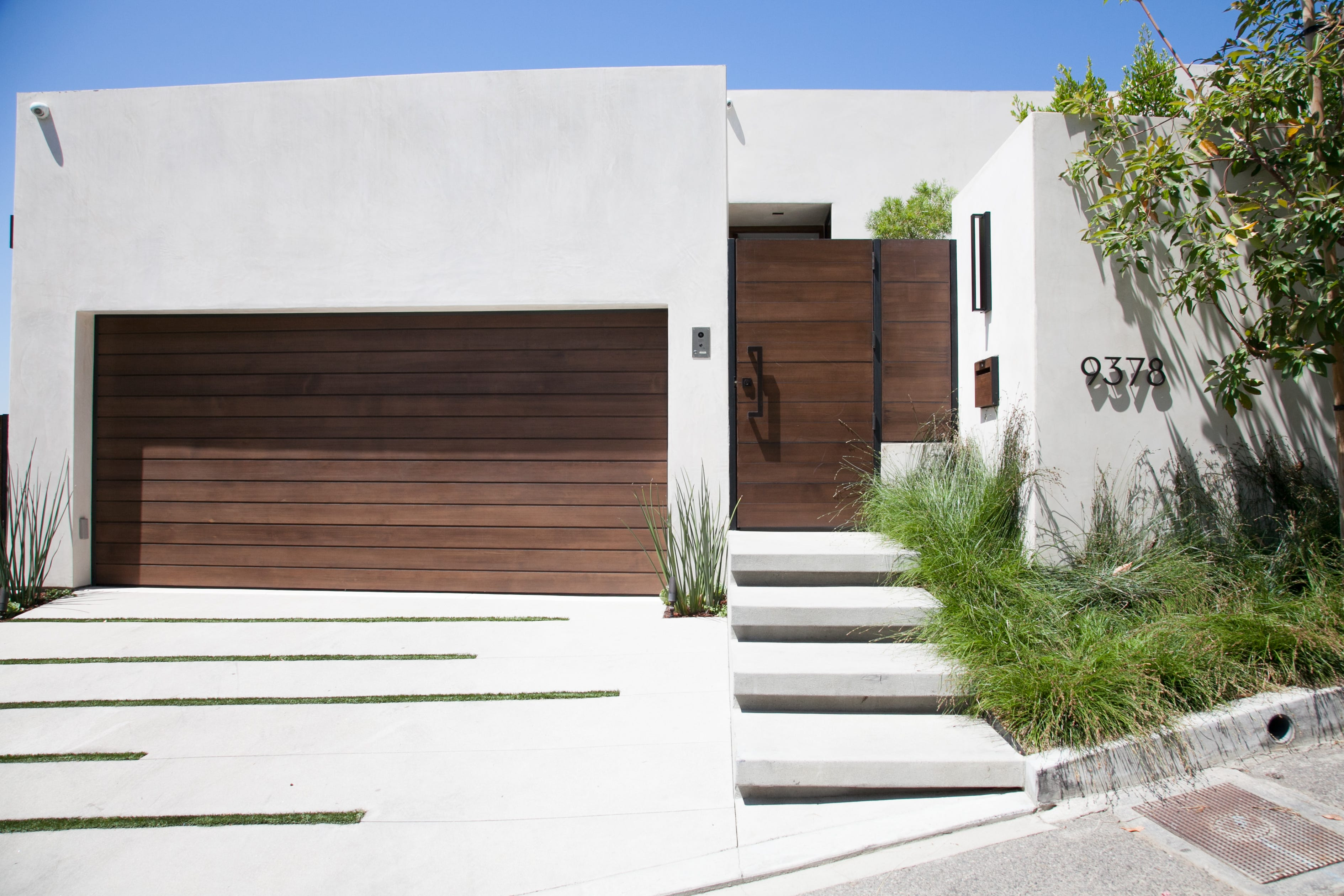 Go inside this fireproof home in Los Angeles