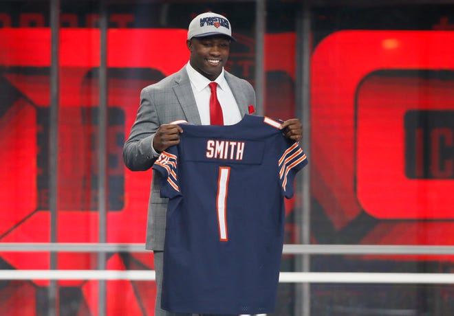 Roquan Smith (Georgia) is selected as the number eight overall pick to the Chicago Bears in the first round of the 2018 NFL Draft at AT&T Stadium.