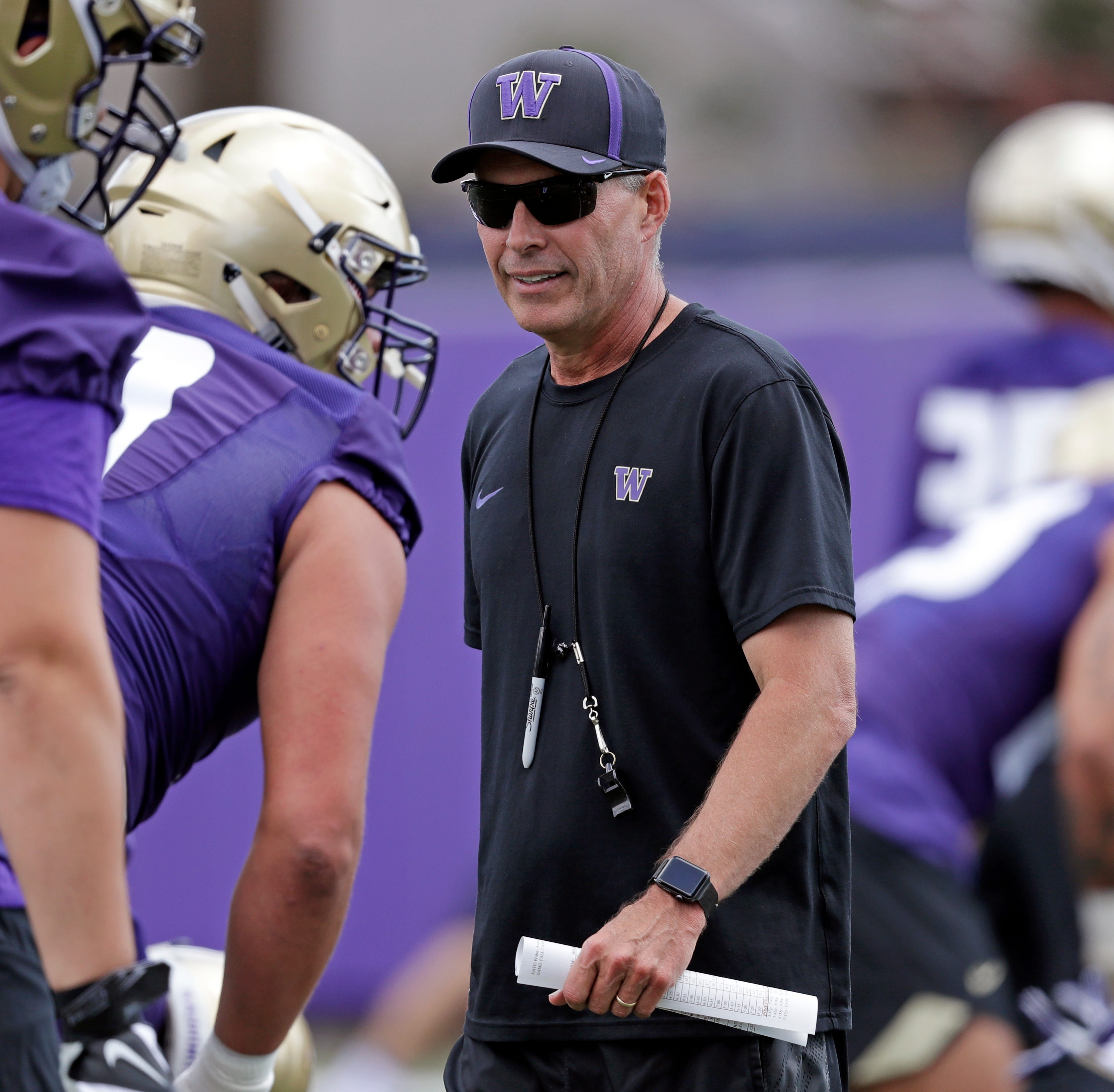 Huskies favored in Pac-12, a league in search of redemption