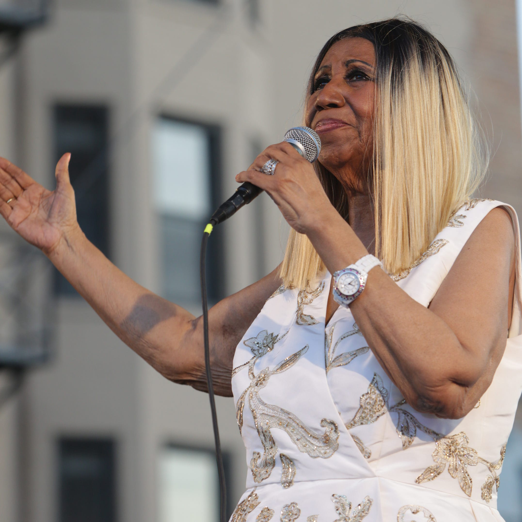 Aretha Franklin's health: What her rep is saying