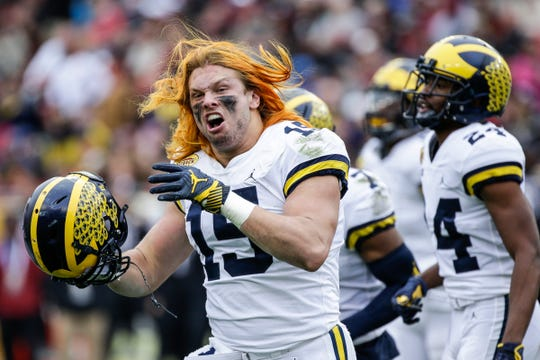 Chase Winovich at the Outback Bowl against South Carolina, Jan. 1, 2018.
