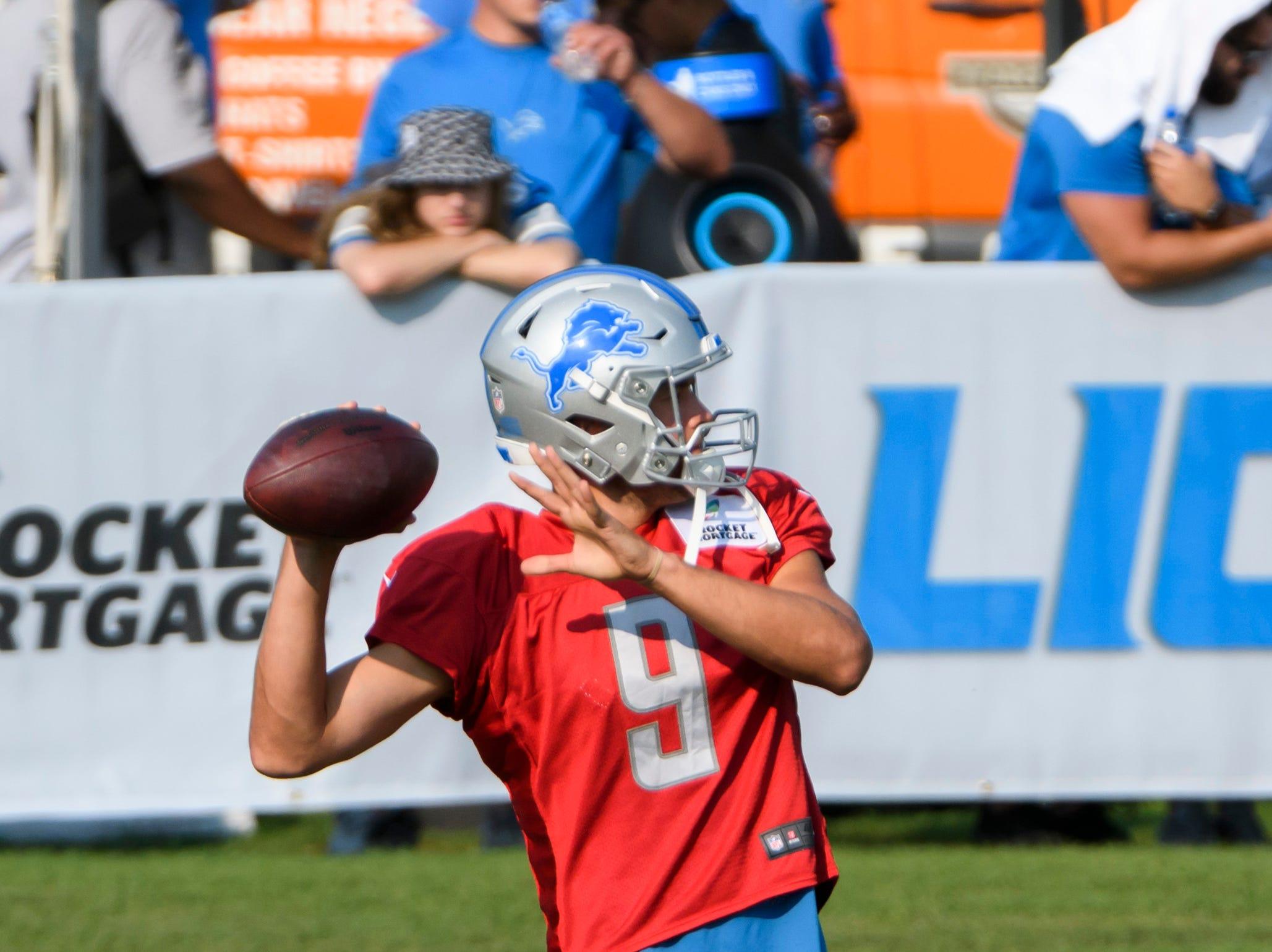 Lions quarterback Matthew Stafford throws a pass during warmups.