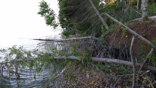 Town supervisors Tuesday voted to apply for DNR permits to fix the erosion problem in anticipation the high lake level would erode in storms this coming winter.