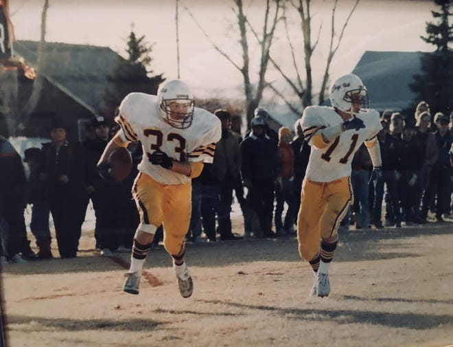 Kurt Schillings, left, and Jason Cole are key players on the 1988 State B champion Shelby Coyotes.
