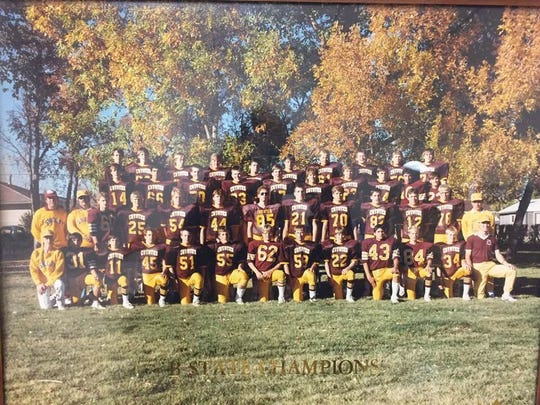 The 1988 state champion Shelby Coyotes.
