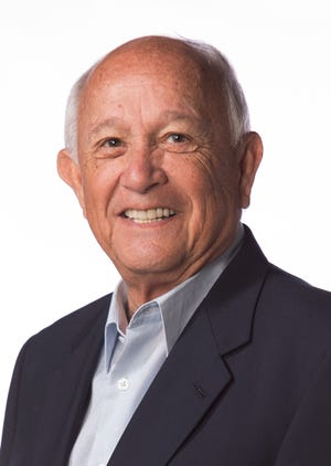 Carl Gutierrez (D)