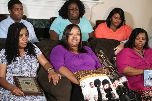 Tia Coleman Press Conference At Her Indianapolis Home Following The Duck Boat Tragedy In Branson Missouri