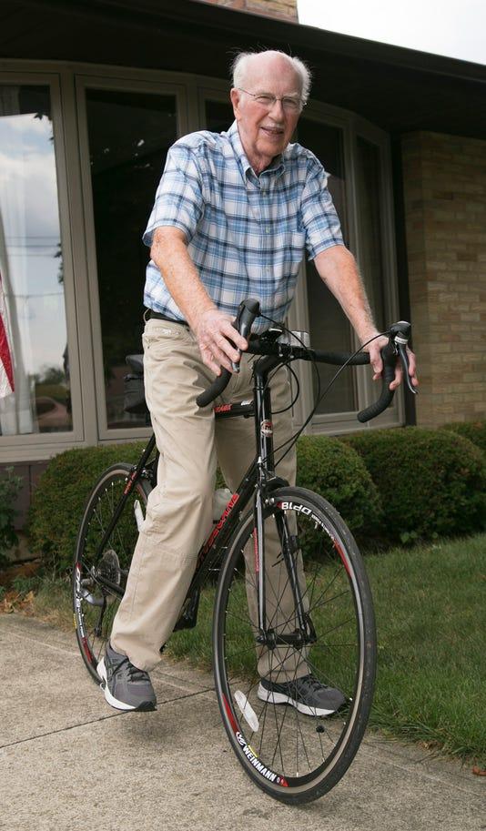 0814 91cyclist 001