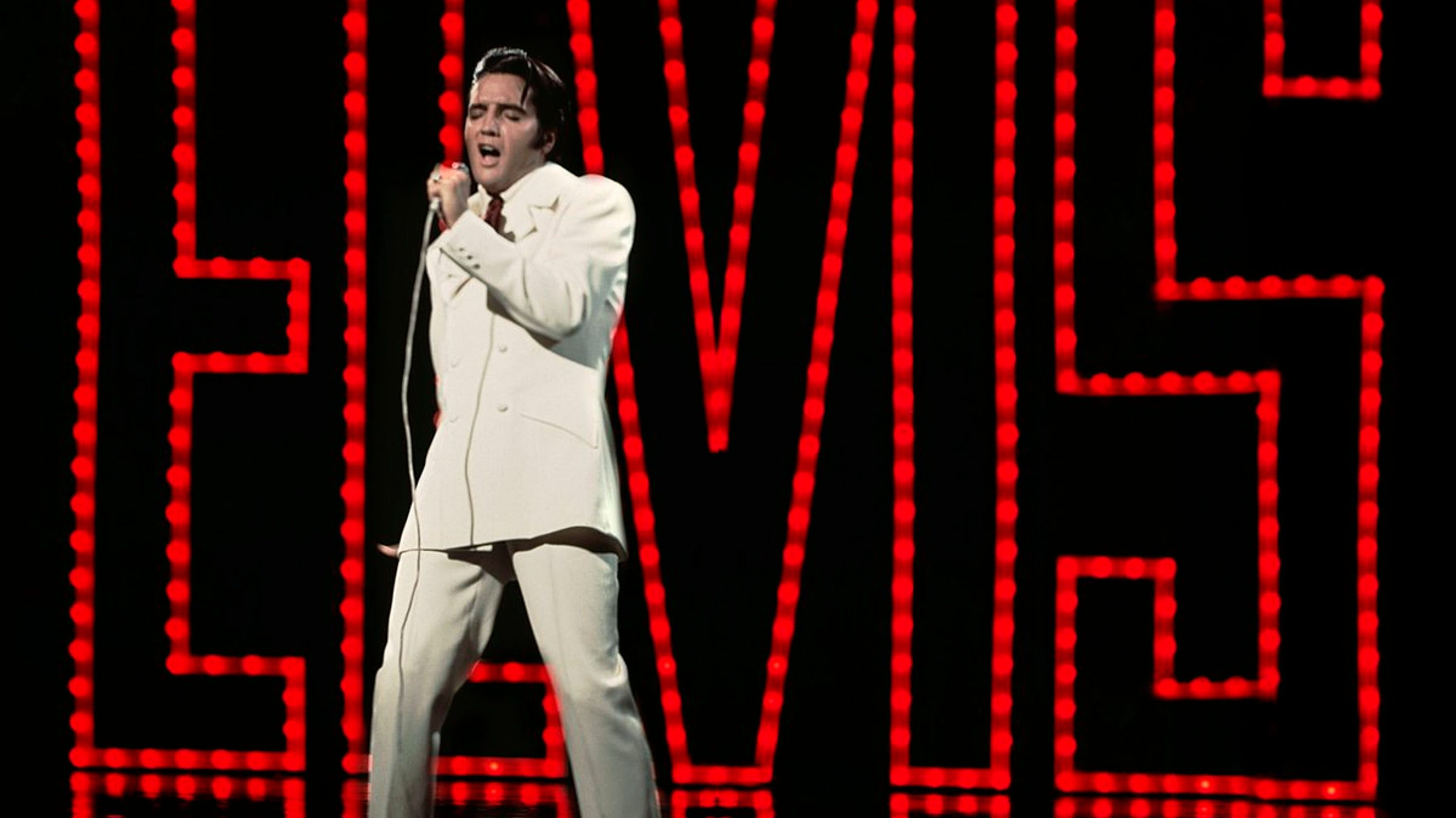 89306146a6f Elvis Presley All Star Tribute on NBC honors The King
